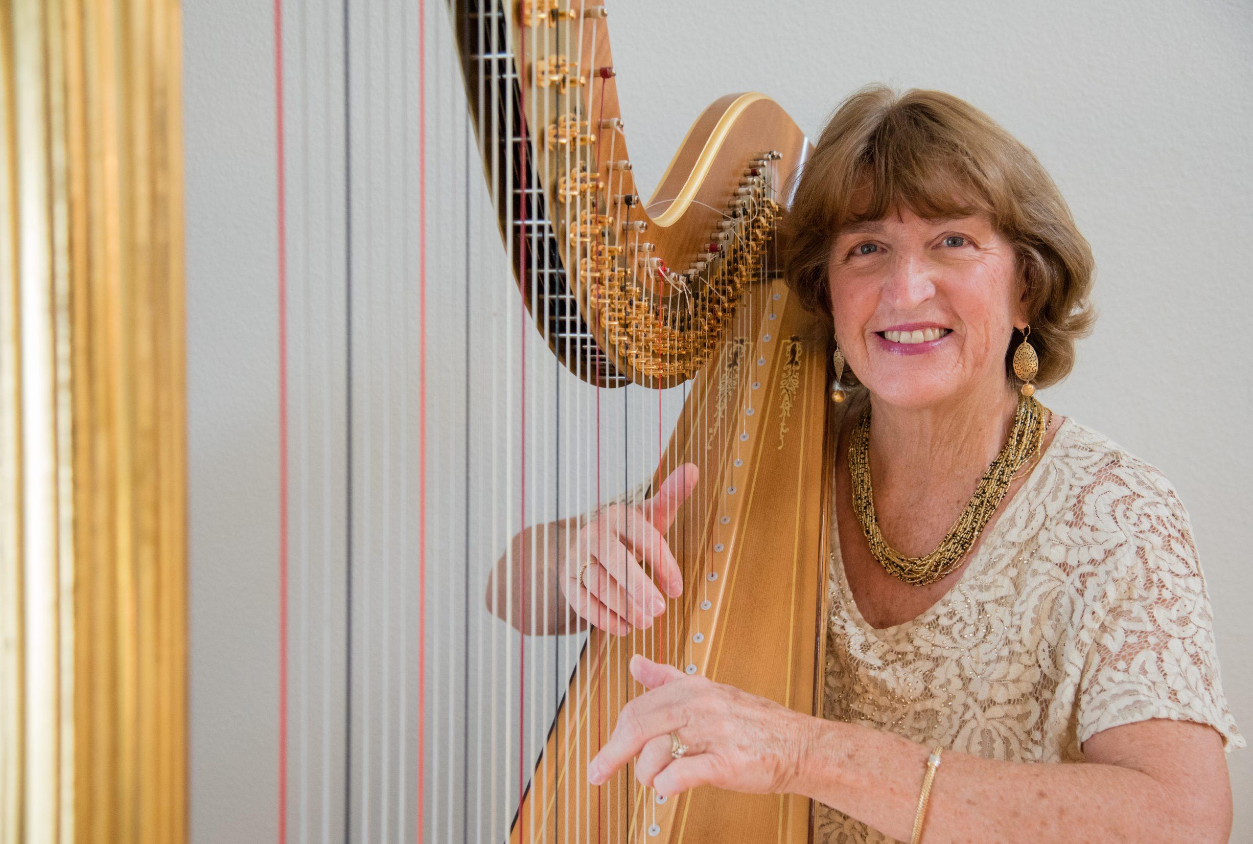 Harpist Barbara Lepke-Sims